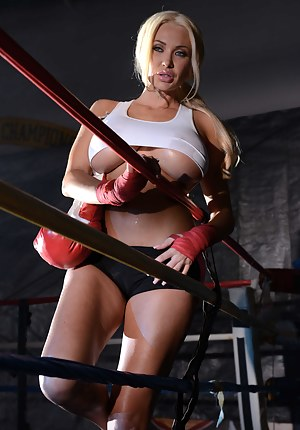Big Tits Sports Porn Pictures
