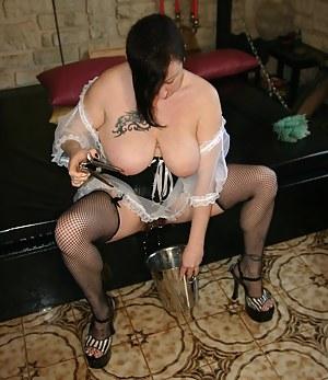 Big Tits Pissing Porn Pictures